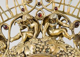 Friedensmonstranz 1918 Hans Schwathe (*1870 Strachwitzthal, Österreichisch-Schlesien; †1950 Wien) Ausführung: Franz Pawlas Diözesane Sammlung Leni Deinhardstein, Lisa Rastl, Dom Museum Wien